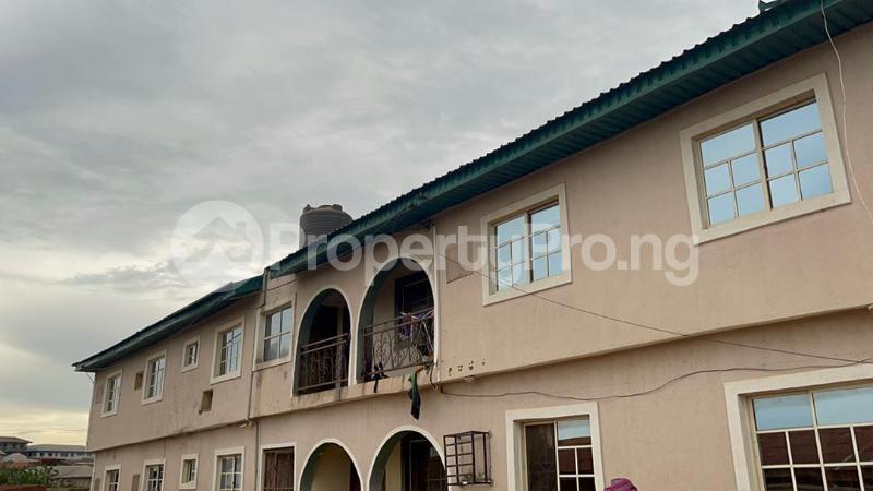 3 bedroom Shared Apartment Flat / Apartment for sale Sijuade At D Back Of Sijuade Hospital Akure Ondo - 3
