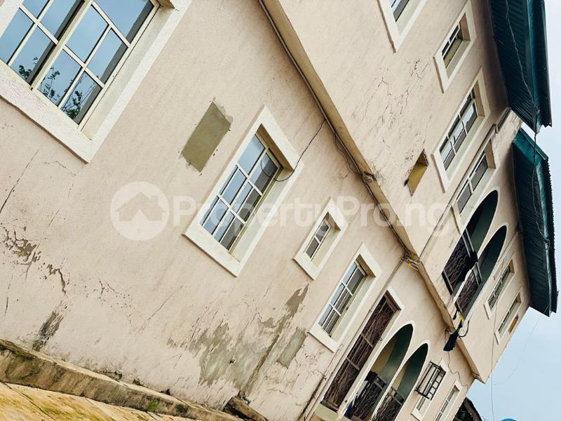 3 bedroom Shared Apartment Flat / Apartment for sale Sijuade At D Back Of Sijuade Hospital Akure Ondo - 2