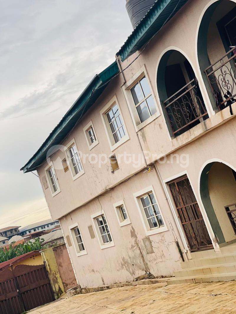 3 bedroom Shared Apartment Flat / Apartment for sale Sijuade At D Back Of Sijuade Hospital Akure Ondo - 0
