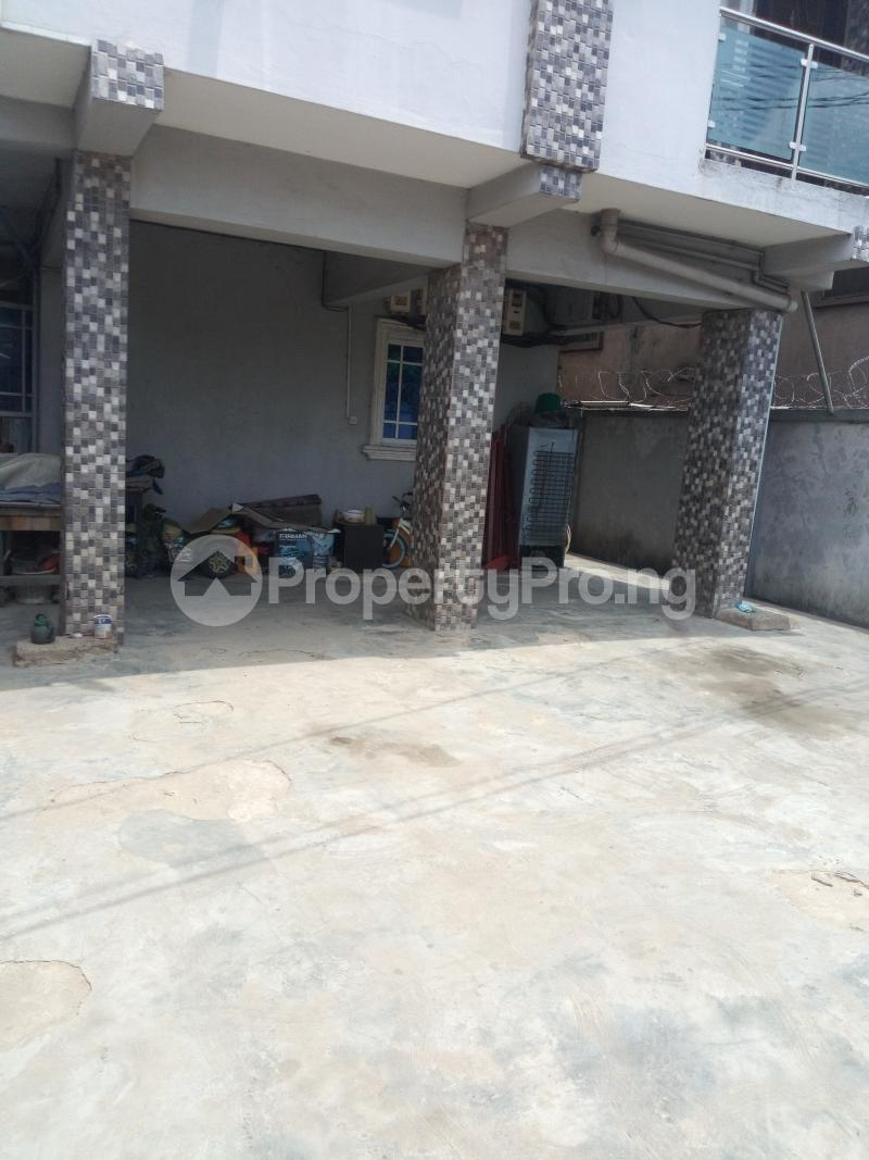 3 bedroom Flat / Apartment for rent ADEKUNLE - KUYE STREET OFF ADELABU SURULERE Aguda Surulere Lagos - 0