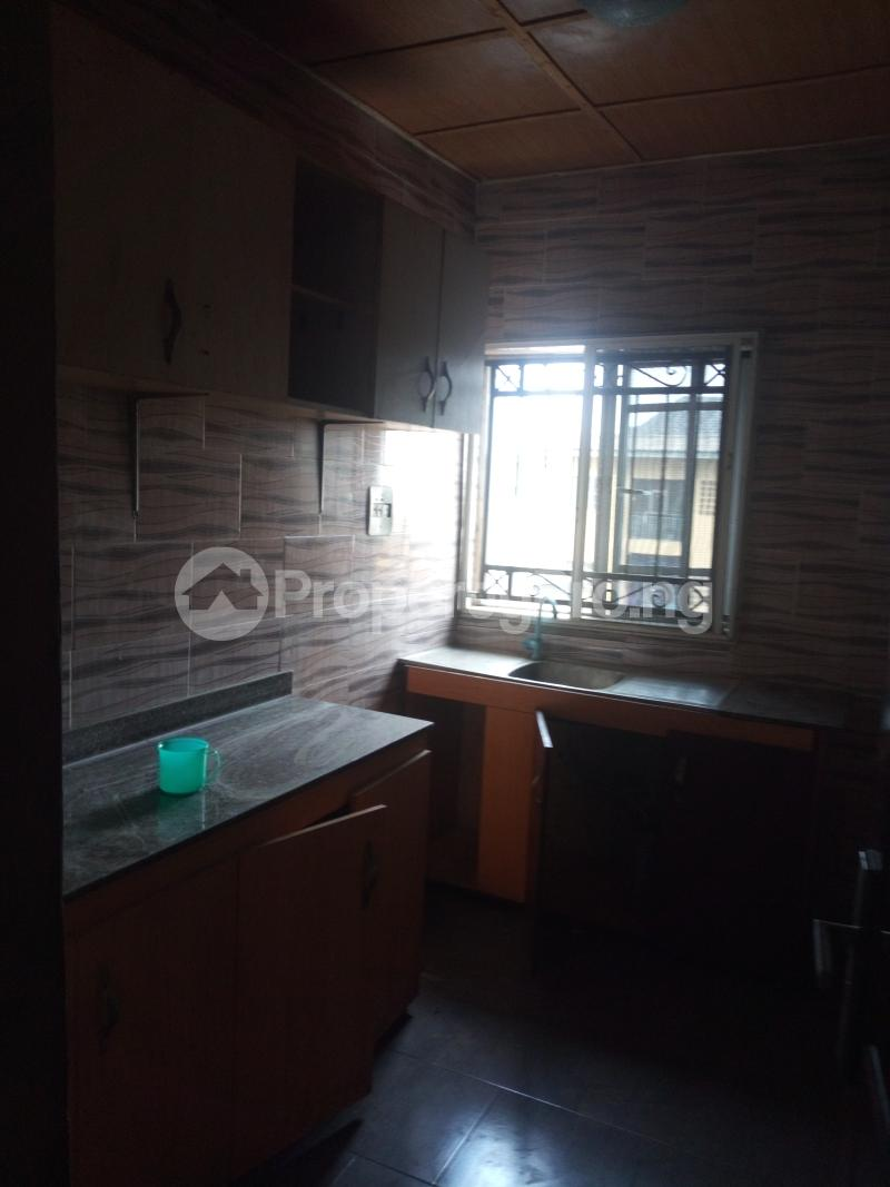3 bedroom Flat / Apartment for rent ADEKUNLE - KUYE STREET OFF ADELABU SURULERE Aguda Surulere Lagos - 1