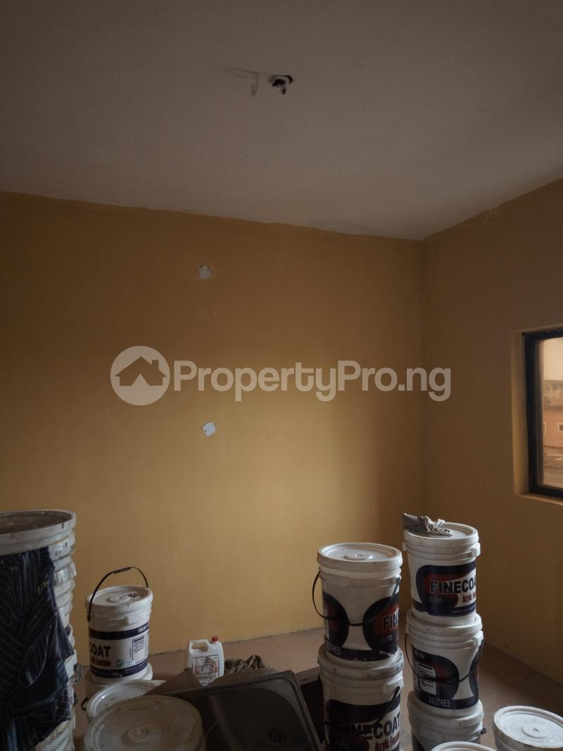 1 bedroom mini flat  Self Contain Flat / Apartment for rent Omobola Street. ,off lawanson road, surulere Lawanson Surulere Lagos - 4