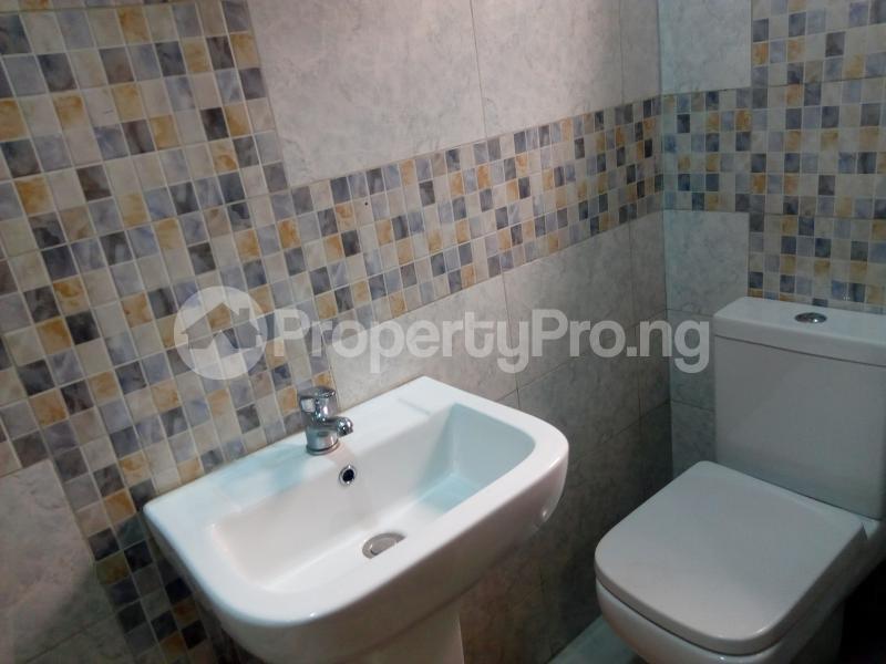 4 bedroom Semi Detached Duplex for shortlet Mabinuori Street Shangisha Kosofe/Ikosi Lagos - 10