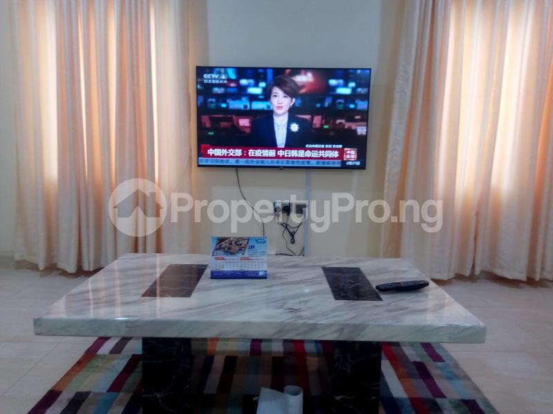 4 bedroom Semi Detached Duplex for shortlet Mabinuori Street Shangisha Kosofe/Ikosi Lagos - 3