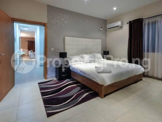 3 bedroom Flat / Apartment for shortlet Onigefon Road Off Palace Way ONIRU Victoria Island Lagos - 11