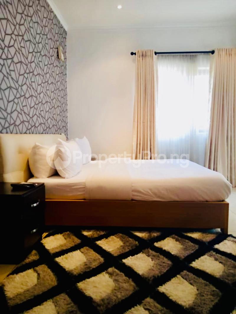 3 bedroom Flat / Apartment for shortlet Onigefon Road Off Palace Way ONIRU Victoria Island Lagos - 35
