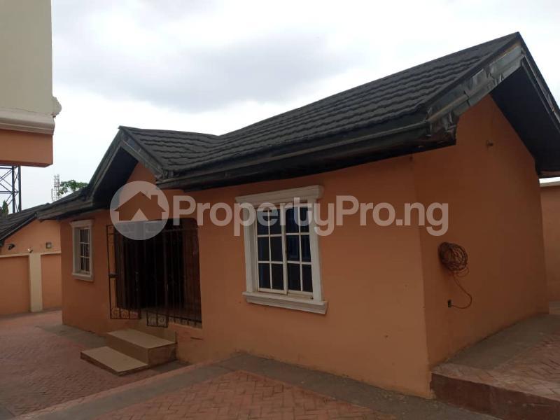 5 bedroom Semi Detached Duplex House for sale Old Gra, off Golf Estate phase 1 Extension Enugu Enugu - 8