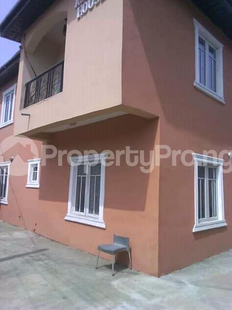 2 bedroom Flat / Apartment for rent is at Ilupeju Side other side of palmgrove Palmgroove Shomolu Lagos - 8