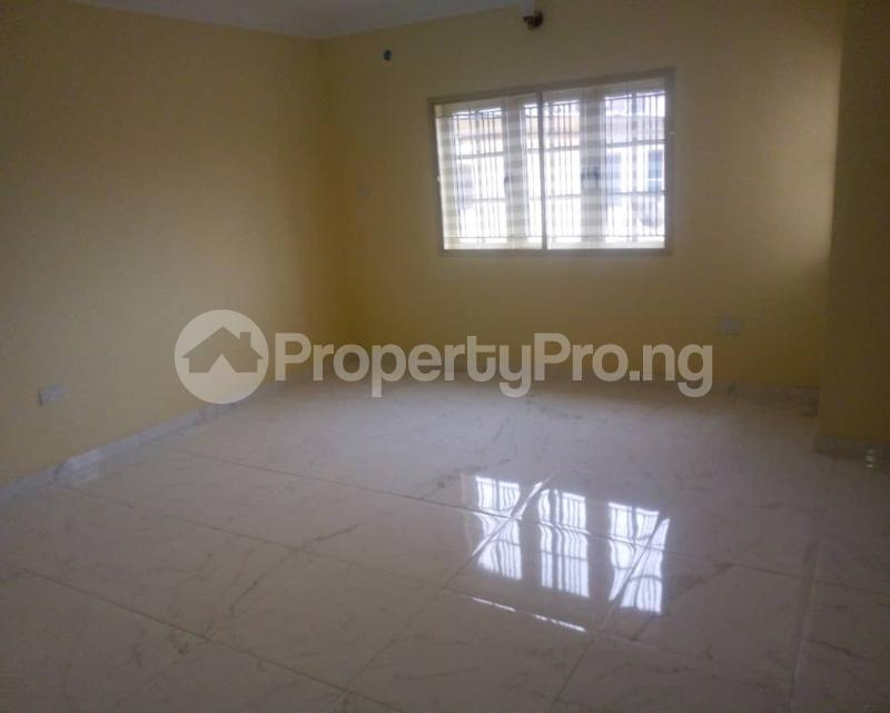 3 bedroom Flat / Apartment for sale At Prime Water View Estate Second Round About Lekki Phase 1 Lekki Lagos - 4