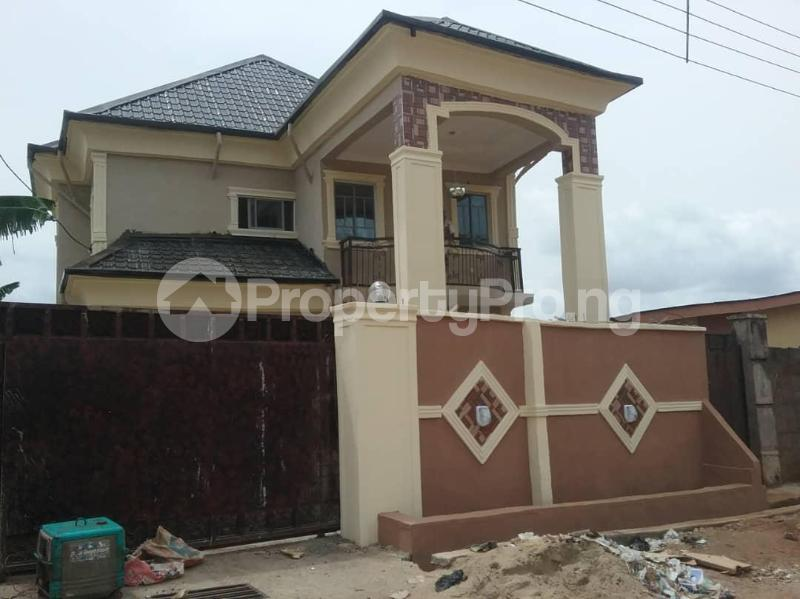 4 bedroom House for sale  moshalashi road Ikotun/Igando Lagos - 0