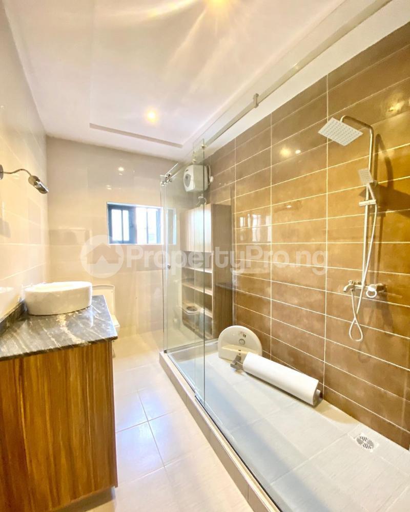5 bedroom Detached Duplex House for sale chevron Lekki Lagos - 9