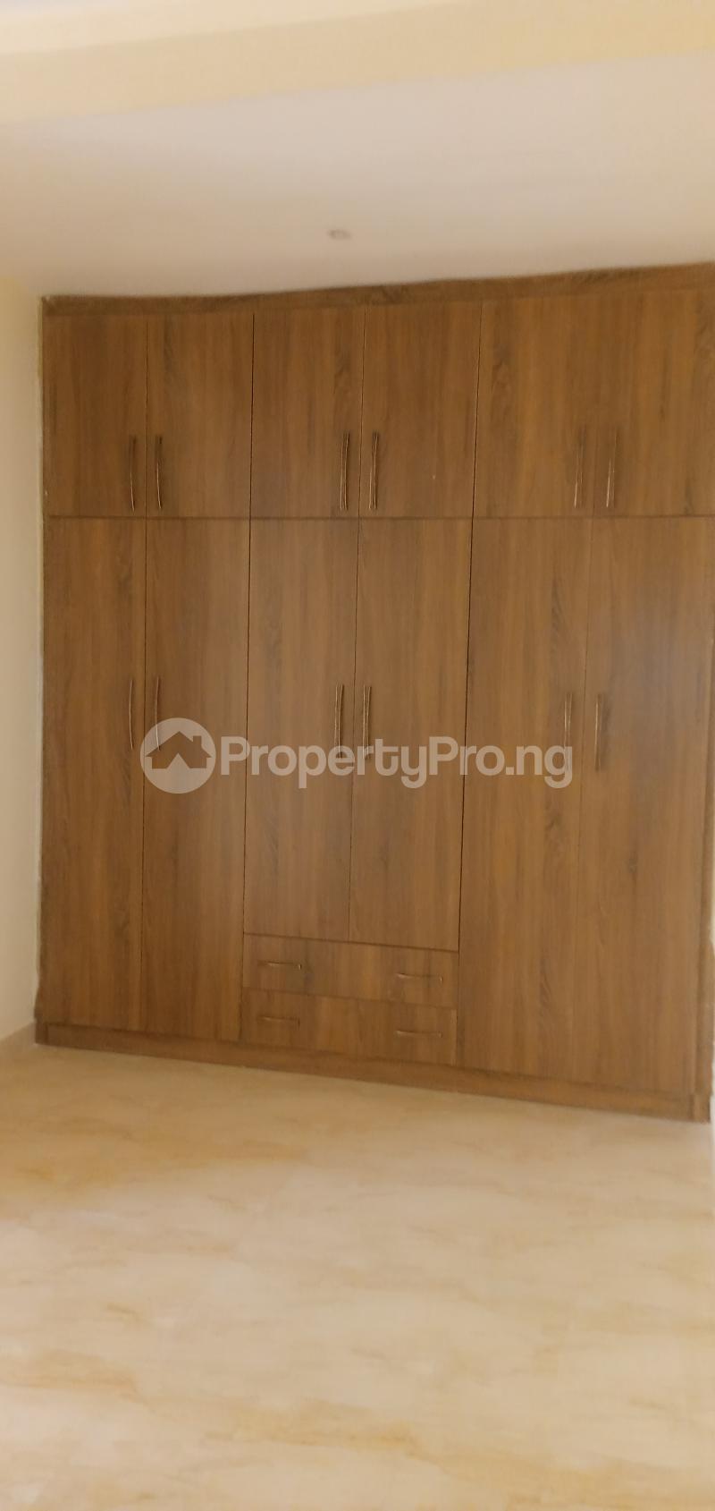 4 bedroom Terraced Duplex House for sale Close To Nnpc Guzape Guzape Abuja - 6