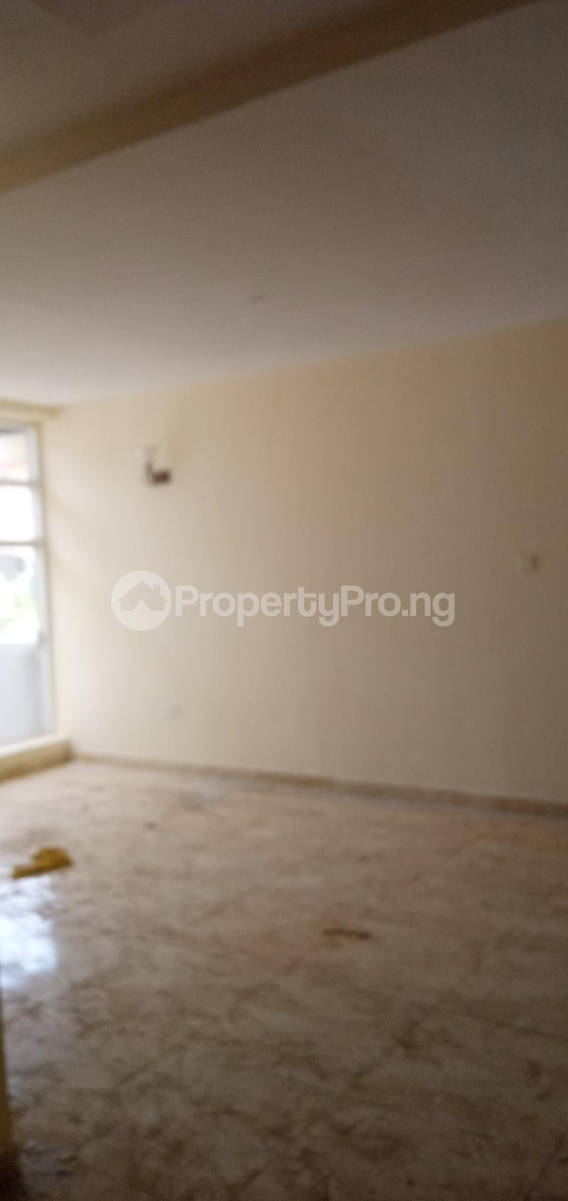 4 bedroom Terraced Duplex House for sale Close To Nnpc Guzape Guzape Abuja - 3