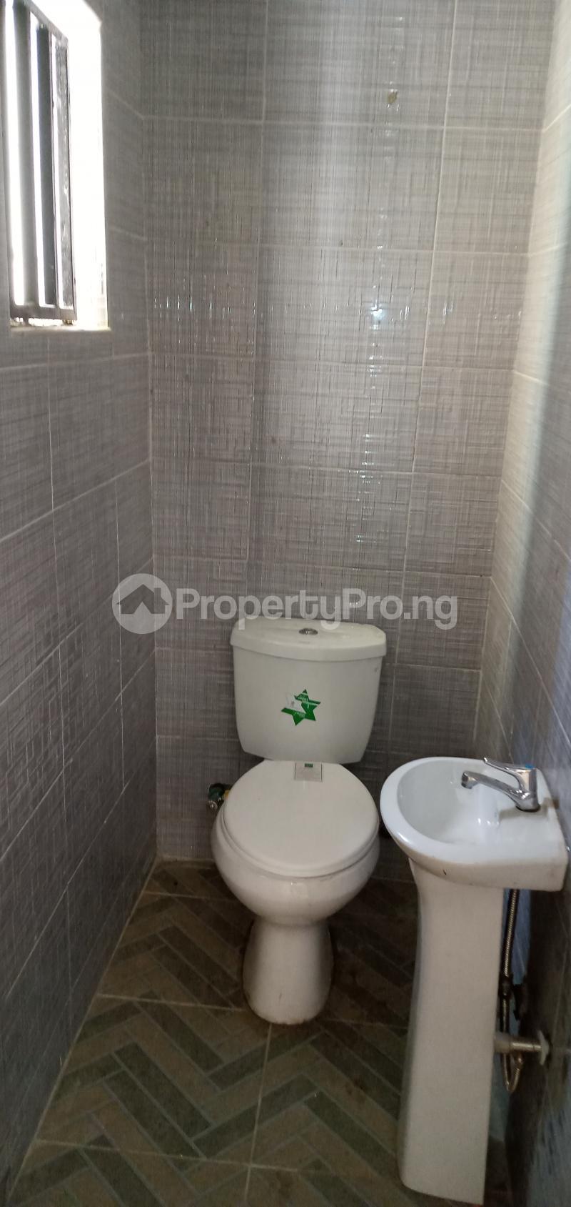 2 bedroom Blocks of Flats House for rent American International School Durumi Abuja - 5