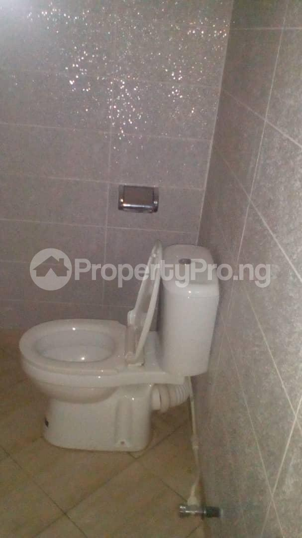 4 bedroom Detached Duplex for sale Alagbaka Gra Akure Ondo - 5