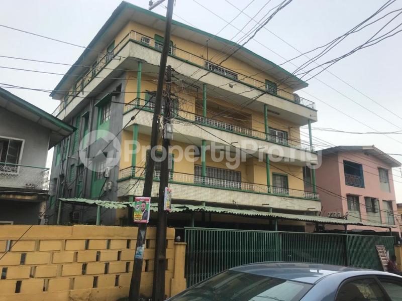 2 bedroom Shared Apartment for rent Obanikoro Shomolu Lagos - 7
