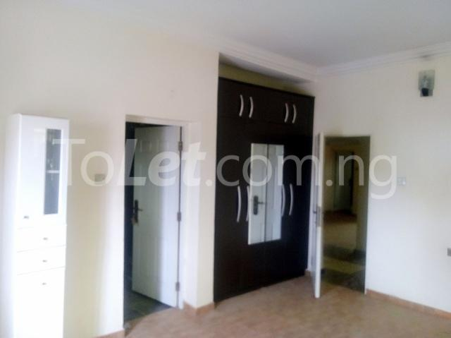 3 bedroom Flat / Apartment for rent Located along American international school  Durumi Abuja - 1