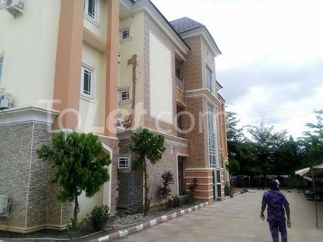 3 bedroom Flat / Apartment for rent Located along American international school  Durumi Abuja - 9