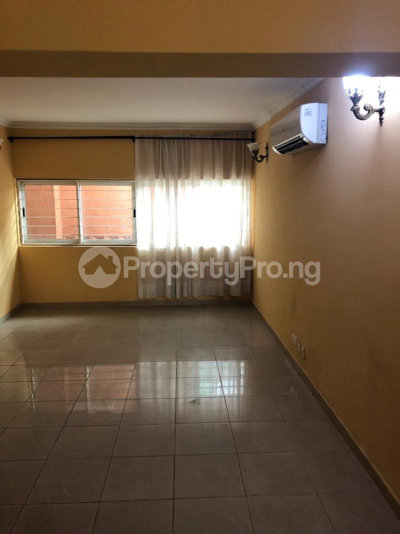 3 bedroom Flat / Apartment for rent Bourdillon Ikoyi Lagos - 9