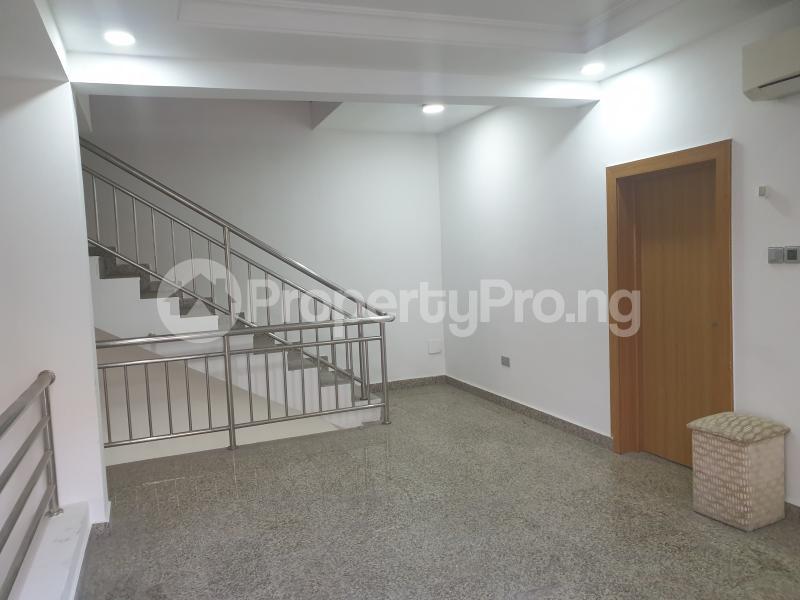 3 bedroom Flat / Apartment for rent Ladipo Latinwo Crescent Lekki Phase 1 Lekki Lagos - 26