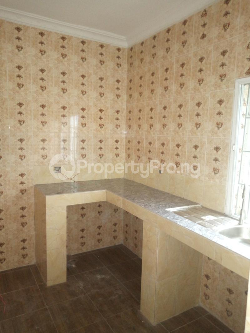 3 bedroom Flat / Apartment for rent Off Oworo road, oworo Kosofe Kosofe/Ikosi Lagos - 5