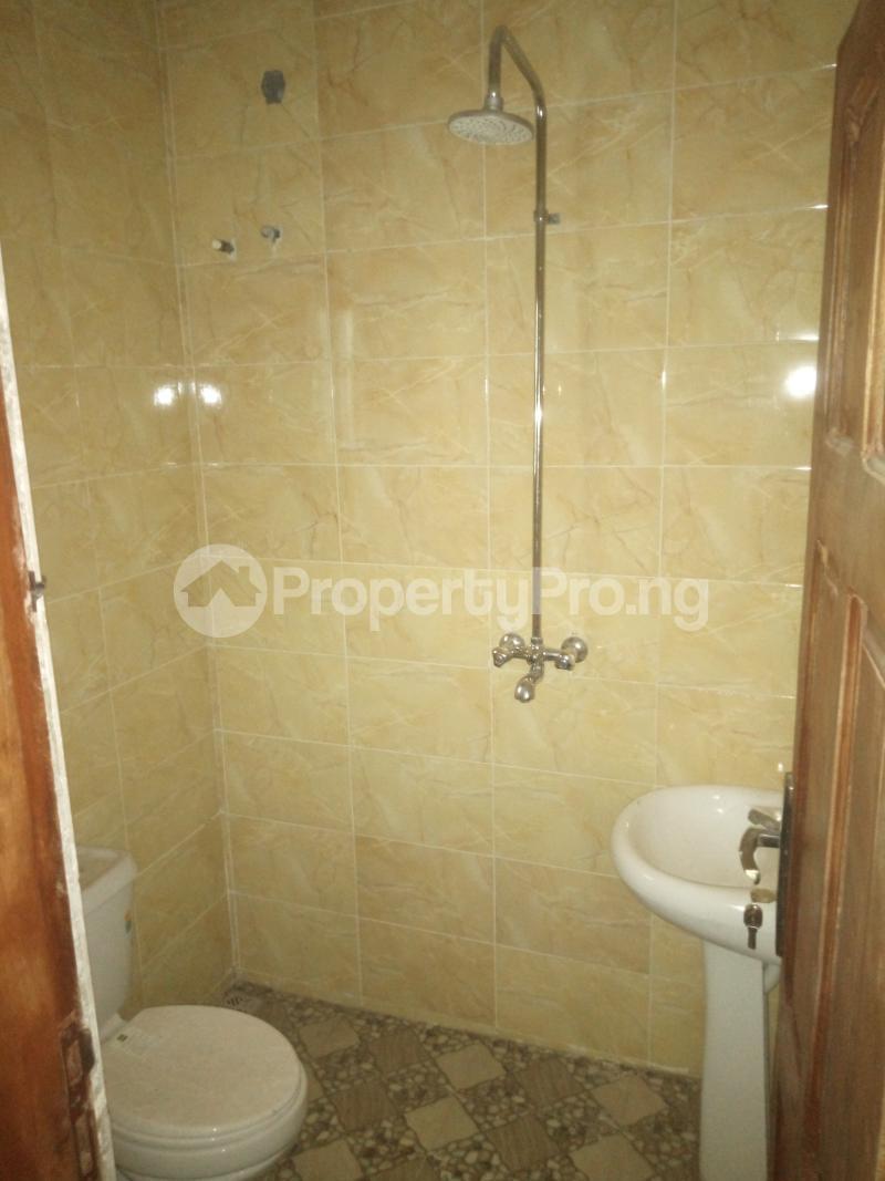 3 bedroom Flat / Apartment for rent Off Oworo road, oworo Kosofe Kosofe/Ikosi Lagos - 1