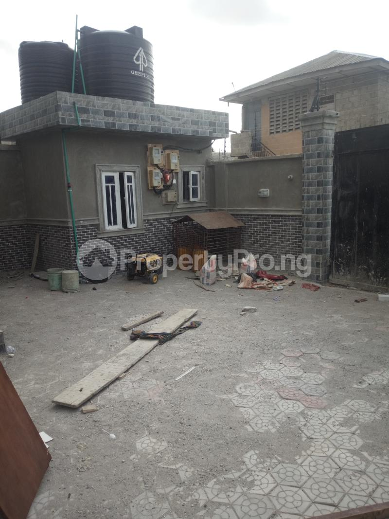 3 bedroom Flat / Apartment for rent Off Oworo road, oworo Kosofe Kosofe/Ikosi Lagos - 2