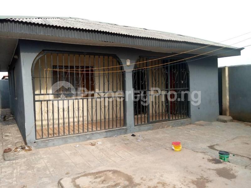 2 bedroom Mini flat for sale Adiyan Agbado Ifo Ogun - 3