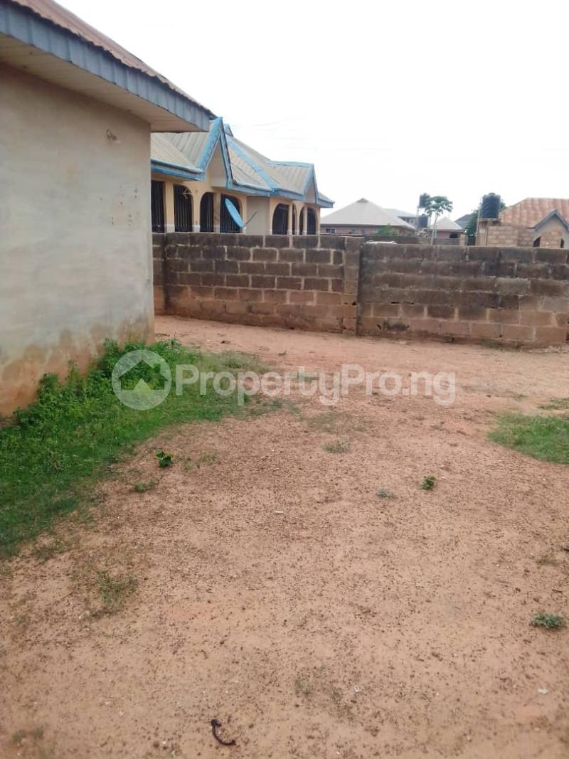 1 bedroom Mini flat for sale Wire And Cable Apata Ibadan Oyo - 3