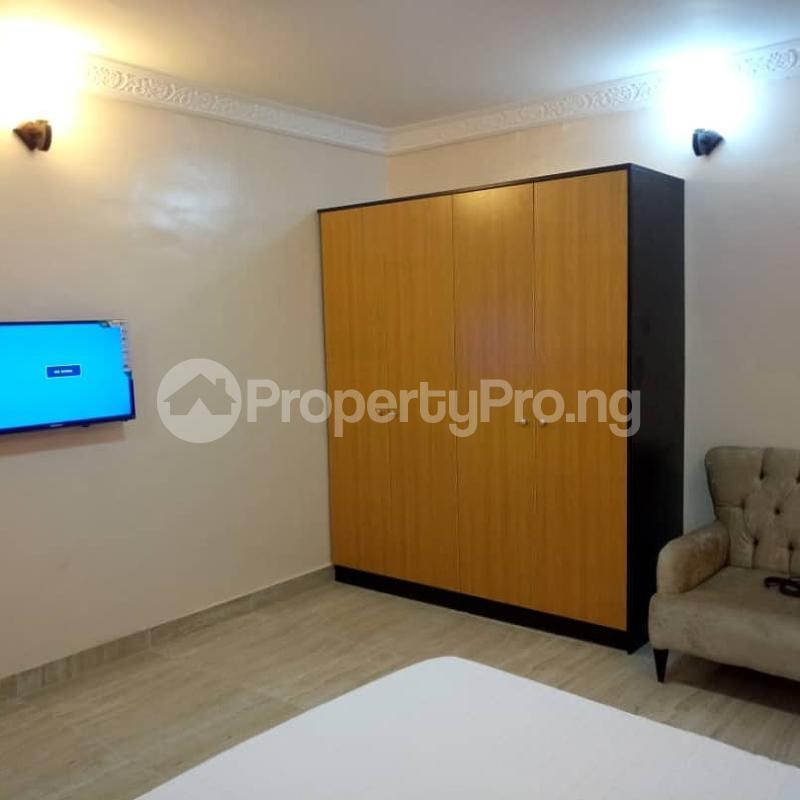 2 bedroom Flat / Apartment for shortlet Off Bashiru Shittu Street Magodo GRA Phase 2 Kosofe/Ikosi Lagos - 0