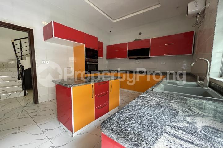 5 bedroom Detached Duplex House for sale Ologolo Lekki Lagos - 4