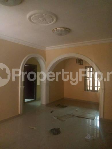 2 bedroom Flat / Apartment for rent Adeola Avenue off karaole estate Ifako-ogba Ogba Lagos - 3