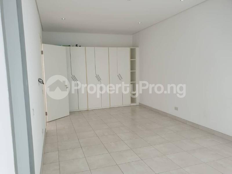 3 bedroom Flat / Apartment for rent Ondo Street, Banana Island. Ikoyi Lagos - 17