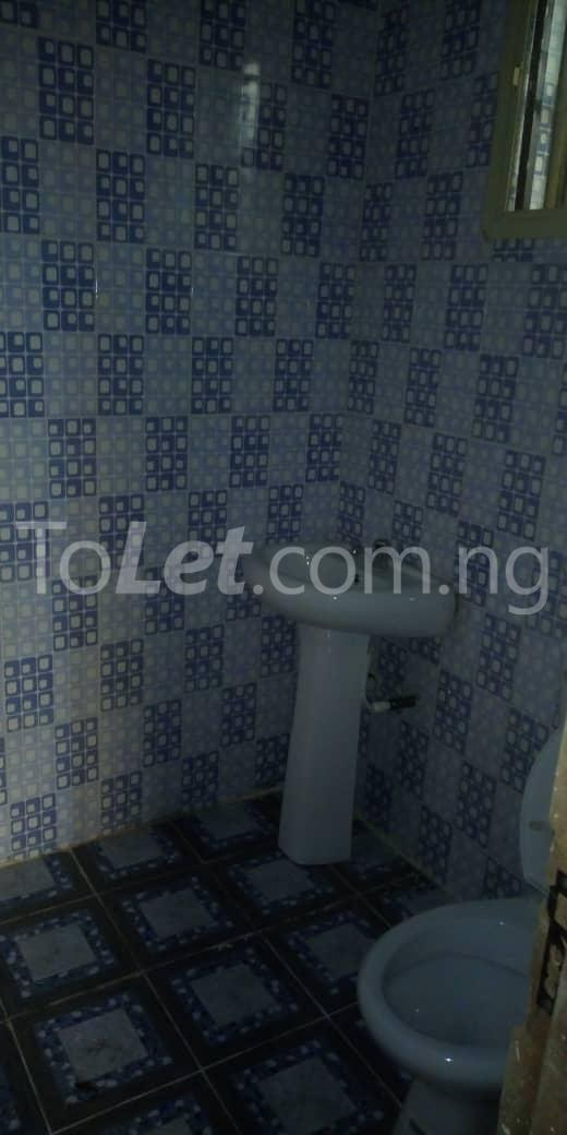 2 bedroom Flat / Apartment for rent off  Chevron road Soluyi Gbagada Lagos - 7