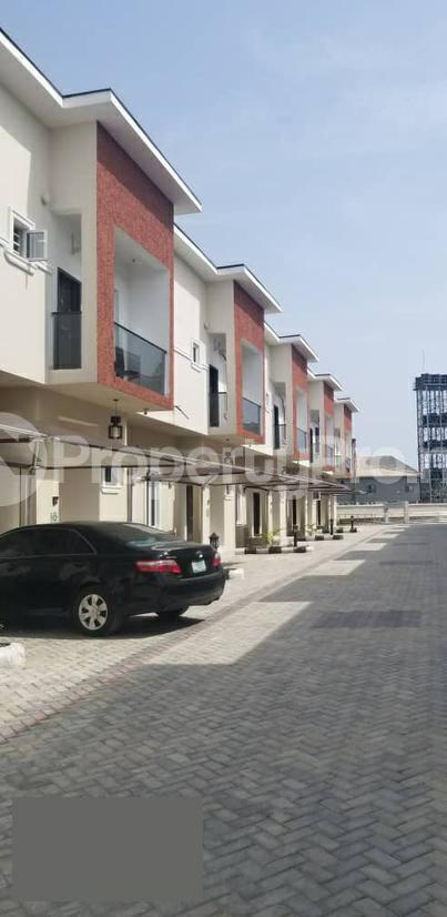 4 bedroom Terraced Duplex House for rent Orchid hotel road Lekki Lagos - 2