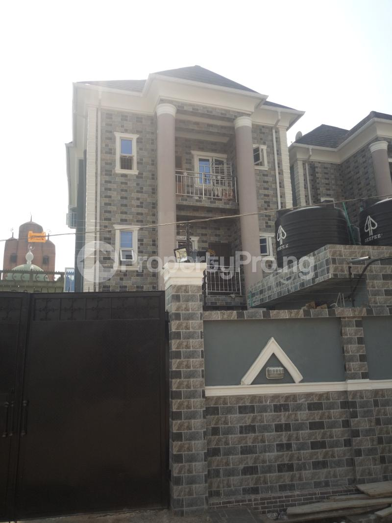 3 bedroom Flat / Apartment for rent Off miyaki street,oworo Kosofe Kosofe/Ikosi Lagos - 0