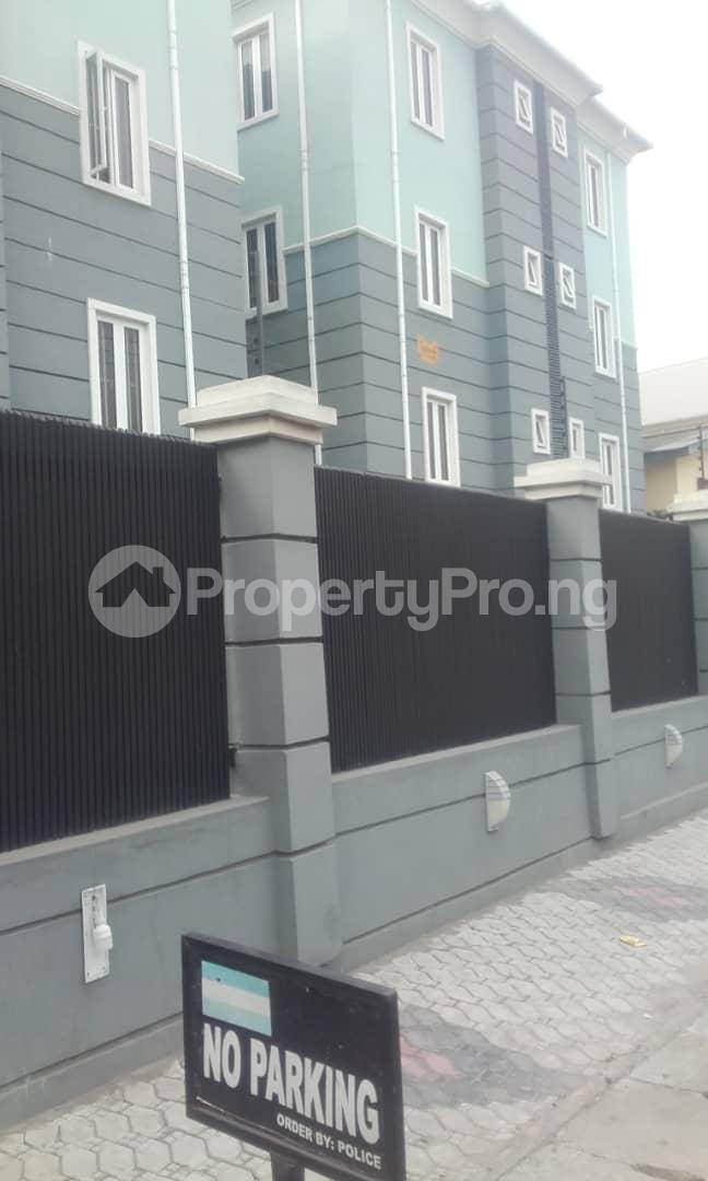 3 bedroom Blocks of Flats House for rent mende Mende Maryland Lagos - 1