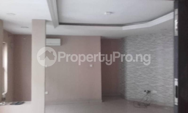 3 bedroom Blocks of Flats House for rent mende Mende Maryland Lagos - 36