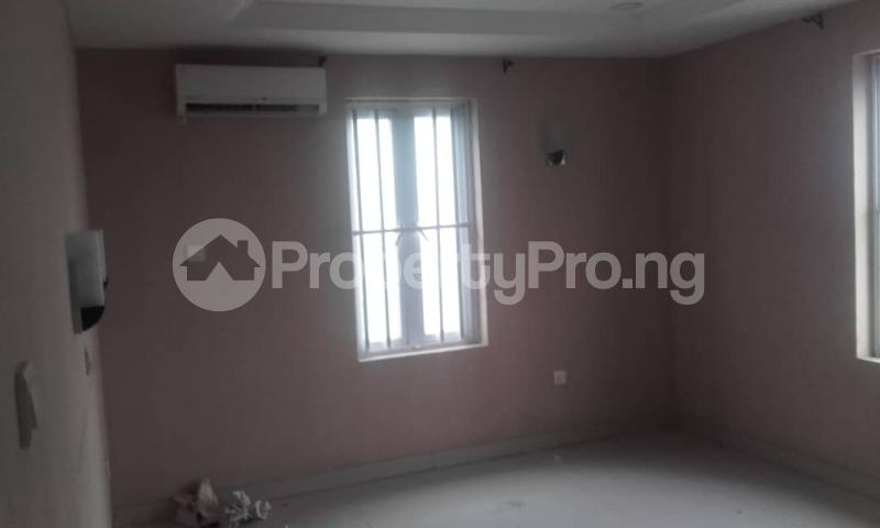 3 bedroom Blocks of Flats House for rent mende Mende Maryland Lagos - 20