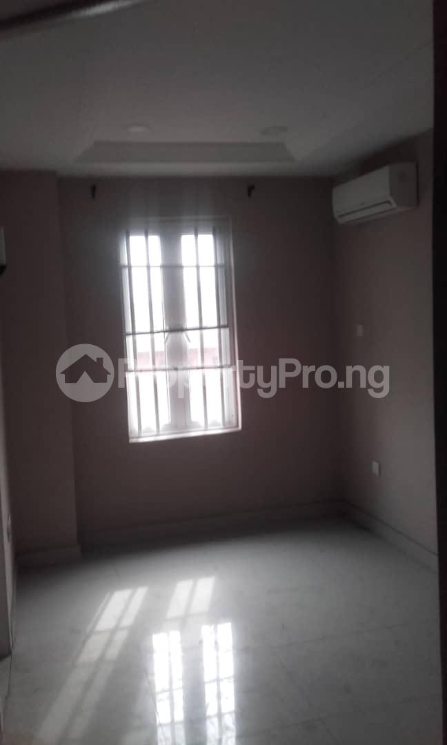 3 bedroom Blocks of Flats House for rent mende Mende Maryland Lagos - 28