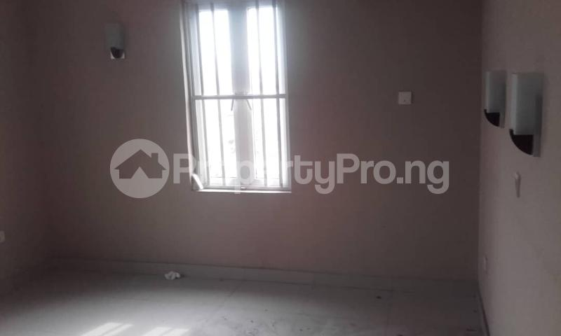3 bedroom Blocks of Flats House for rent mende Mende Maryland Lagos - 24