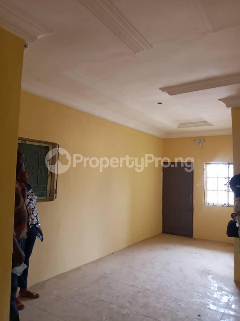 10 bedroom Self Contain for sale Around Ladoke Akintola University Ogbomosho Oyo - 8