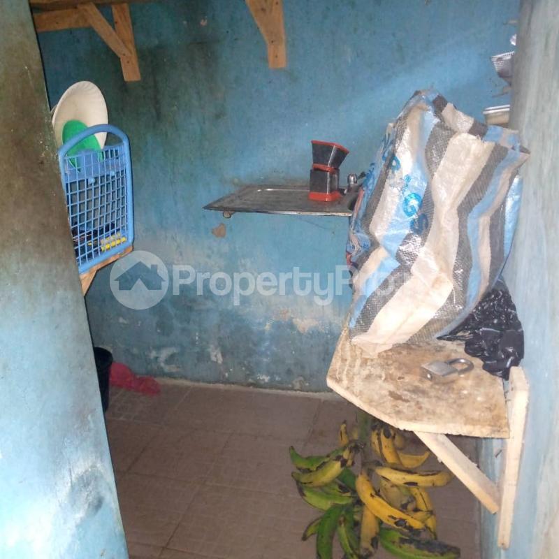 10 bedroom Self Contain for sale Around Ladoke Akintola University Ogbomosho Oyo - 3