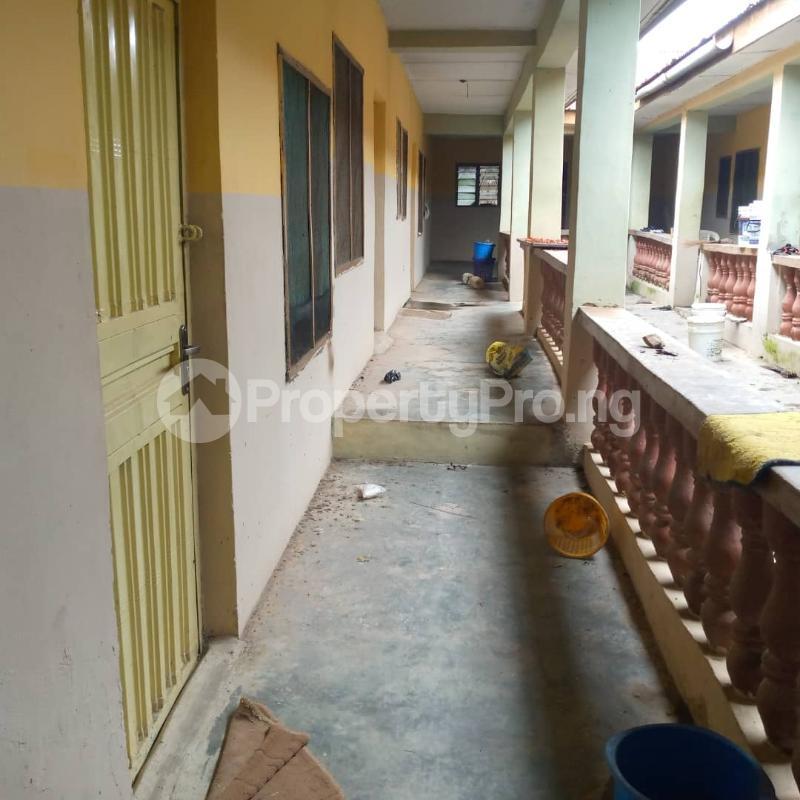 10 bedroom Self Contain for sale Around Ladoke Akintola University Ogbomosho Oyo - 7