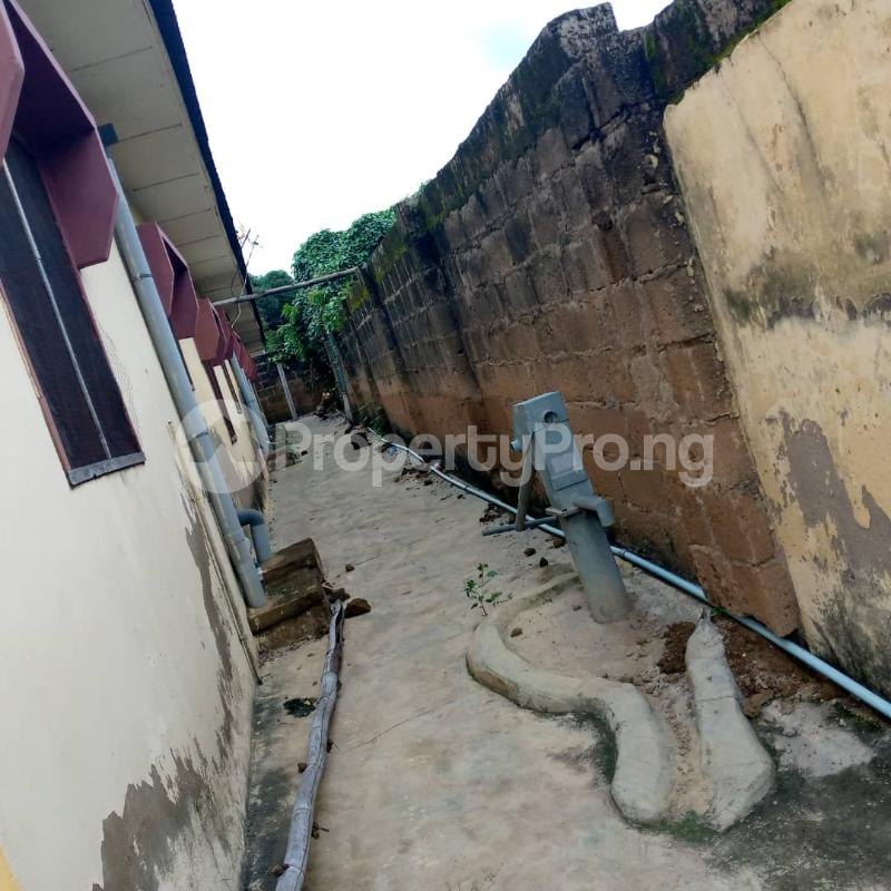 10 bedroom Self Contain for sale Around Ladoke Akintola University Ogbomosho Oyo - 5