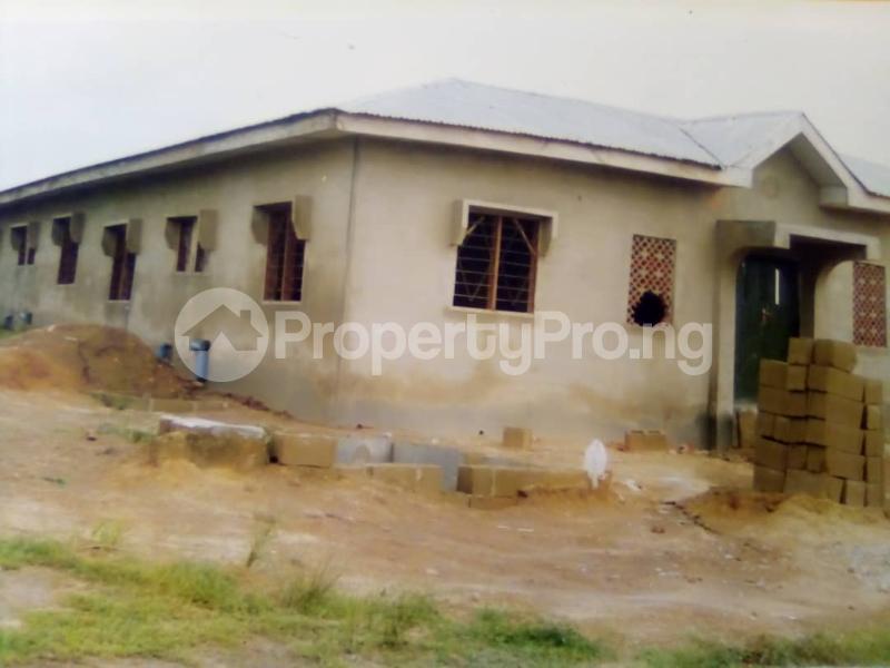 10 bedroom Self Contain for sale Around Ladoke Akintola University Ogbomosho Oyo - 1