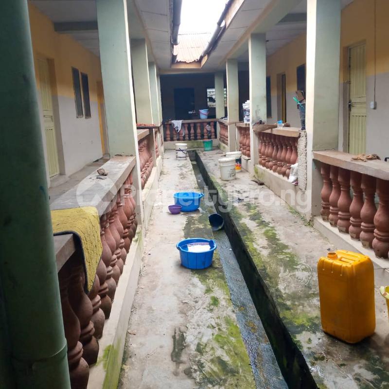10 bedroom Self Contain for sale Around Ladoke Akintola University Ogbomosho Oyo - 6