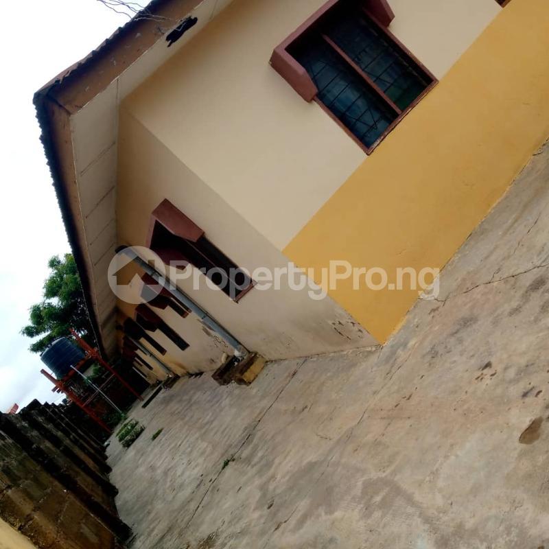 10 bedroom Self Contain for sale Around Ladoke Akintola University Ogbomosho Oyo - 4