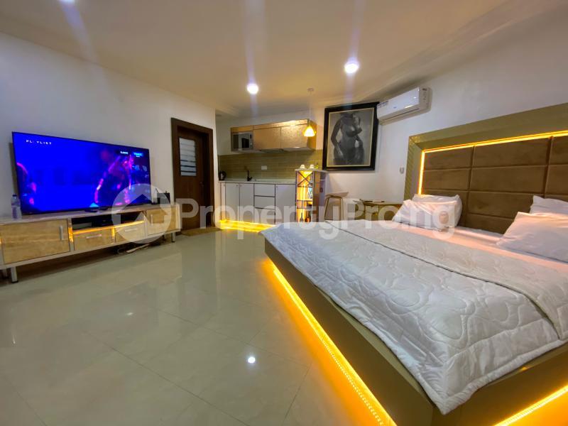 2 bedroom Mini flat Flat / Apartment for shortlet British village, wuse 2  Wuse 2 Abuja - 21