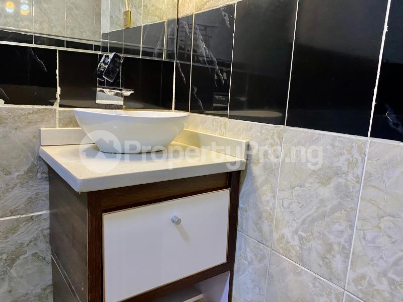2 bedroom Mini flat Flat / Apartment for shortlet British village, wuse 2  Wuse 2 Abuja - 37